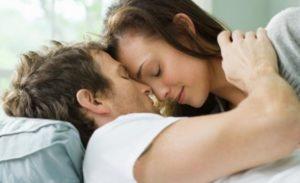 Чем лечить партнера если у женщины молочница