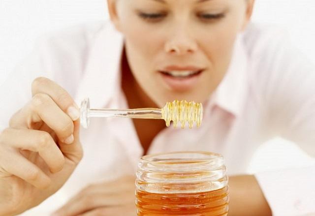 Можно ли есть при молочнице мед