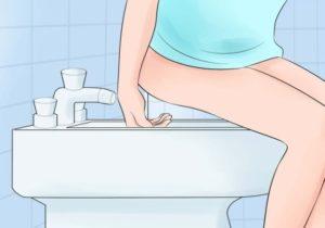 Правильное подмывание девушки